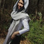 Jendhamuni in forest with scarf041815
