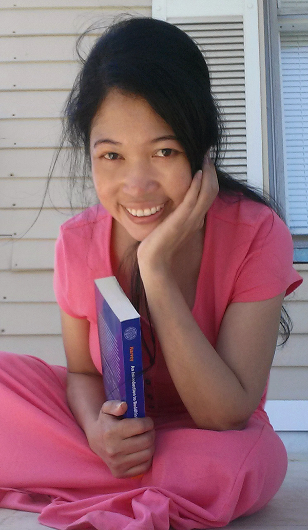 Jendhamuni holding book