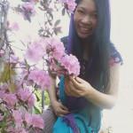 Jendhamuni holding flowers050815